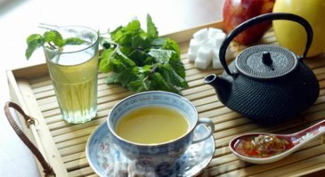 Chá calmante de Erva Cidreira
