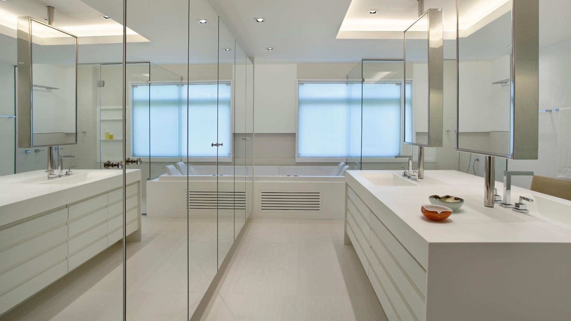 fotos de banheiro ceramica Quotes #66452A 1920x1080 Armarinho De Banheiro De Vidro
