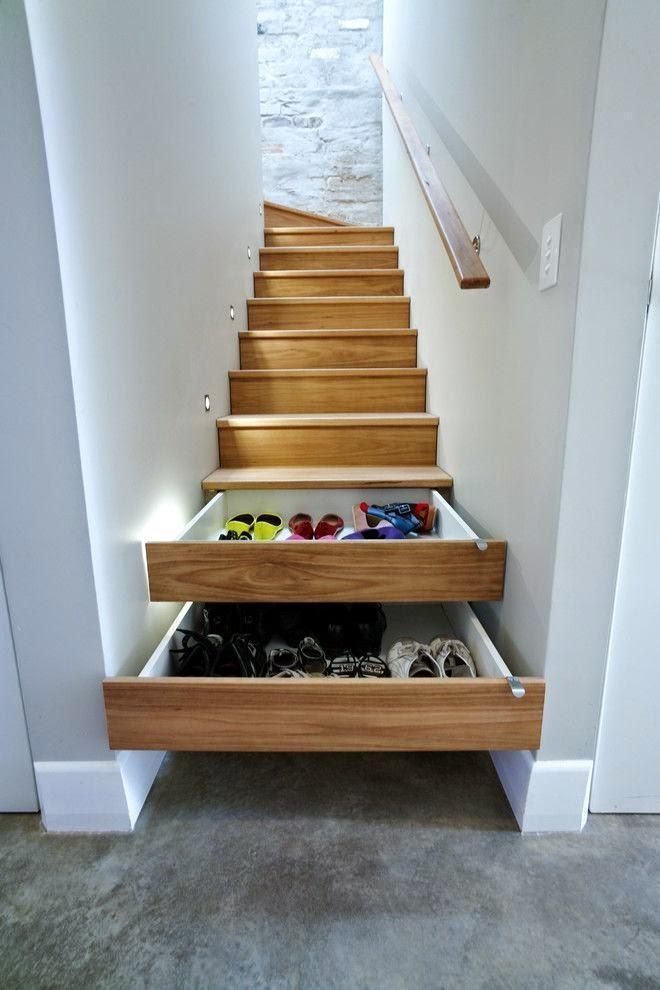 Em lofts, todo espaço pode ser usado, até a escada!