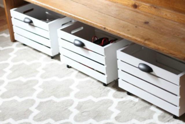 Caixas sempre são versáteis e podem ocupar espaços vazios