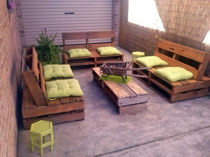 sala_estar_sofas_pallets