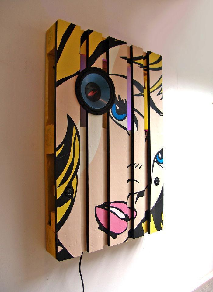 i-transformed-pallets-into-a-functional-wall-decoration-586e189c7505c__700